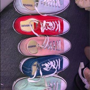 converse tennis shoes